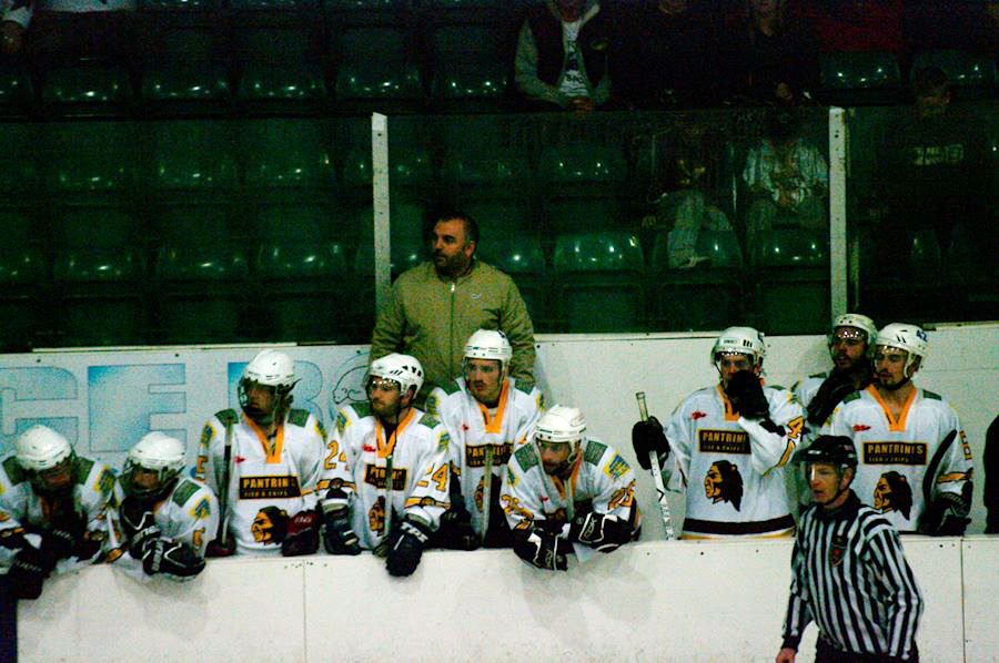 Leach on the bench - Whitley Warriors v Sutton Sting, NIHL, Whitley Bay Ice Rink, 20 Oct 2013