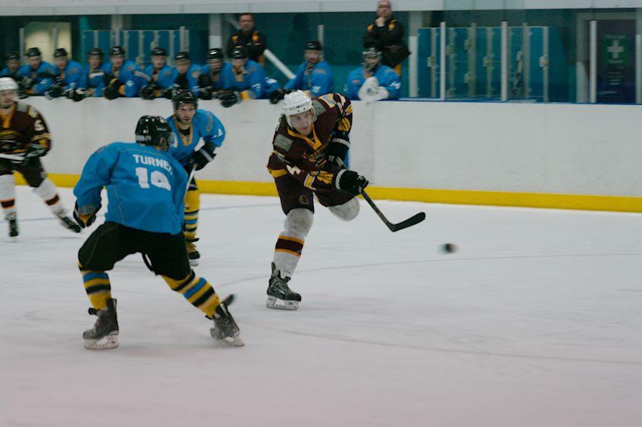 Adam Reynolds - Sutton Sting v Whitley Warriors, NIHL, Ice Sheffield Pad 2, 27 Oct 2013